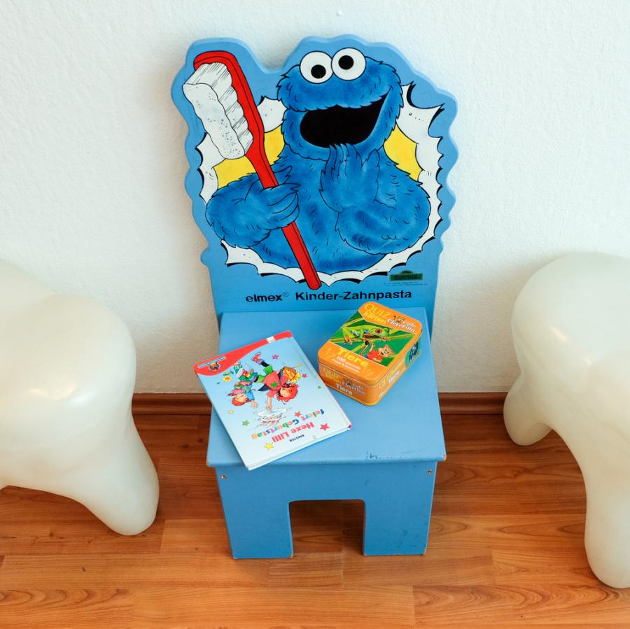Zahnarzt Dr. Tsitsa Kinderecke